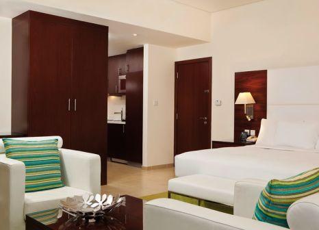 Hotelzimmer mit Golf im Hilton Dubai The Walk