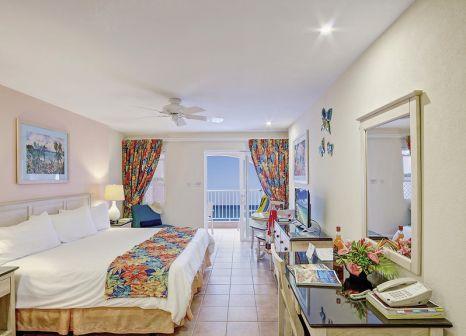 Hotelzimmer mit Mountainbike im Butterfly Beach Hotel