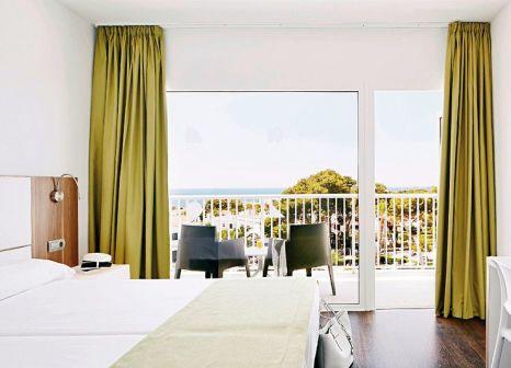 Hotelzimmer mit Mountainbike im Globales Cala Blanca