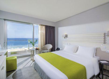 Hotelzimmer mit Mountainbike im Lti Aks Minoa Palace