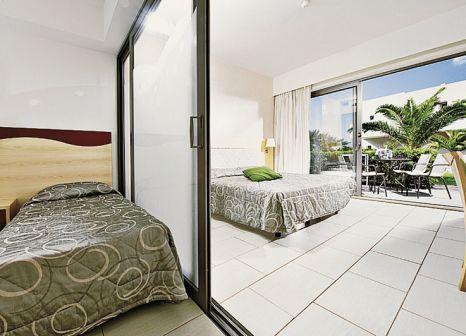 Hotelzimmer mit Volleyball im Grand Hotel Holiday Resort