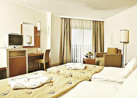 Hotelzimmer mit Volleyball im Crystal Admiral Resort Suites & Spa