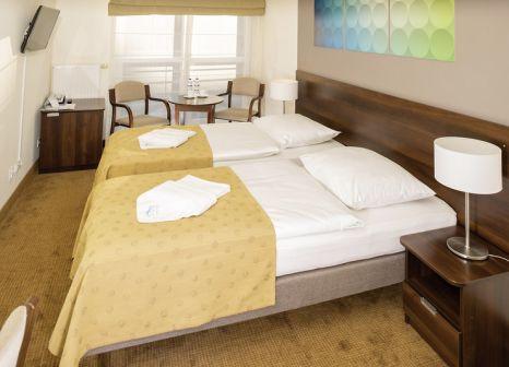 Hotelzimmer mit Tischtennis im Kursanatorium Baltyk