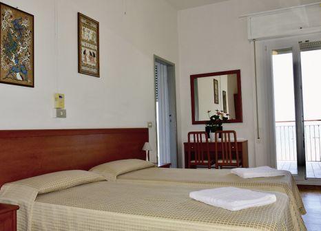 Hotelzimmer mit Tischtennis im Astoria