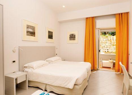 Hotelzimmer mit Tischtennis im Art Hotel Gran Paradiso
