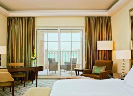 Hotelzimmer mit Volleyball im The Westin Dubai Mina Seyahi Beach Resort & Marina