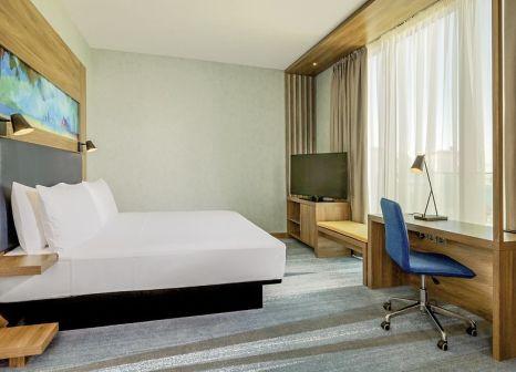 Hotelzimmer mit Mountainbike im Aloft Palm Jumeirah
