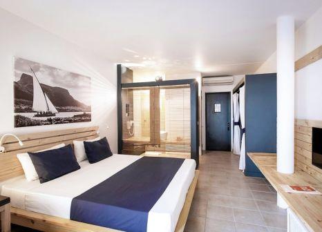 Hotelzimmer mit Volleyball im Veranda Pointe aux Biches Hotel