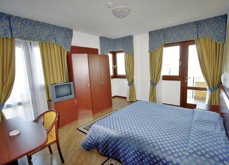 Hotelzimmer mit Tennis im Hotel Garda Bellevue