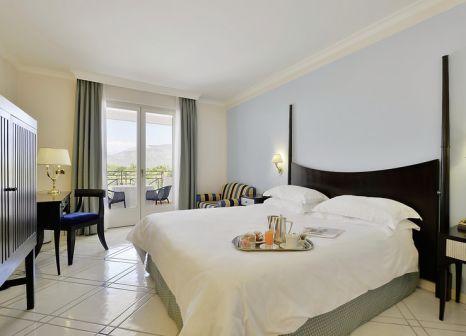 Hotelzimmer mit Mountainbike im Savoy Beach Hotel