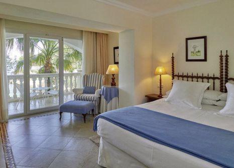 Hotelzimmer mit Mountainbike im Bonsol Hotel Resort & Spa