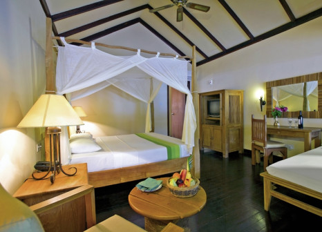 Hotelzimmer mit Tischtennis im Filitheyo Island Resort