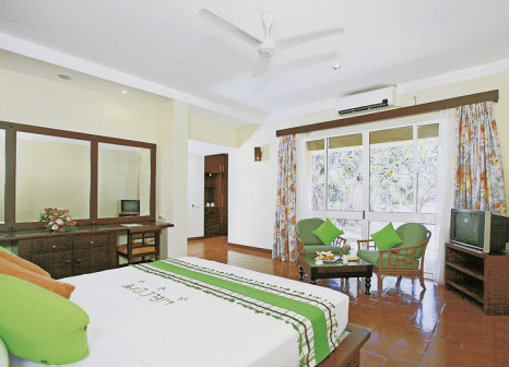 Hotelzimmer mit Volleyball im Club Palm Bay Marawila