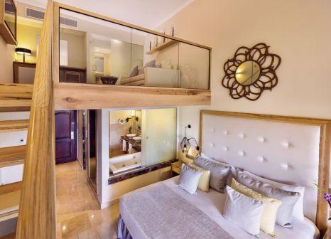 Hotelzimmer mit Volleyball im Grand Palladium Palace Resort Spa & Casino