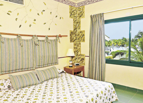 Hotelzimmer mit Volleyball im Hotel Playa Costa Verde