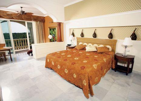 Hotelzimmer mit Volleyball im Iberostar Grand Paraíso