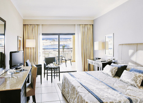 Hotelzimmer mit Volleyball im Jaz Aquamarine