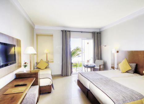 Hotelzimmer mit Volleyball im Vincci Helios Beach