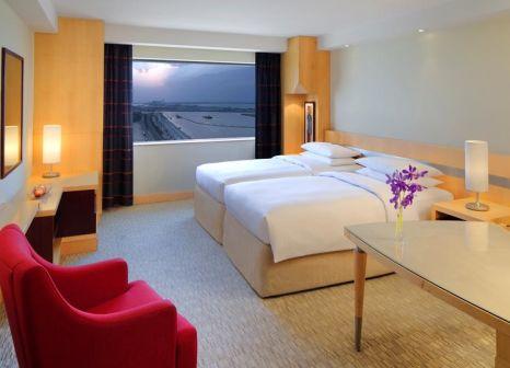 Hotelzimmer mit Minigolf im Hyatt Regency Dubai