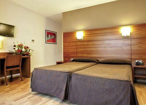 Hotelzimmer mit Sandstrand im Via Augusta