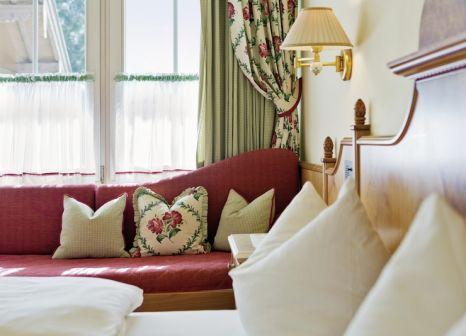 Hotelzimmer mit Minigolf im Alpendomizil Neuhaus