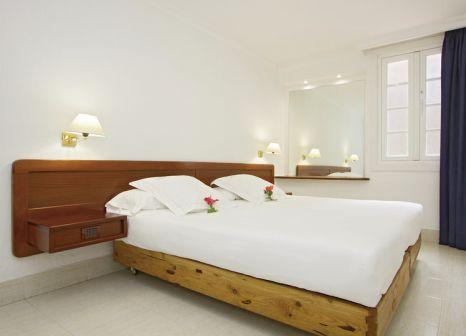 Hotelzimmer mit Minigolf im Apartamentos Fariones