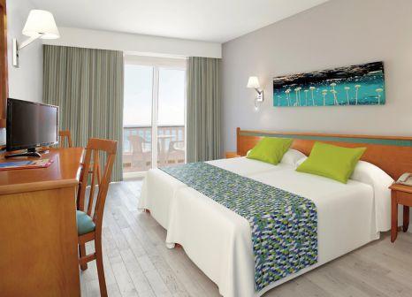 Hotelzimmer mit Golf im Universal Hotel Laguna
