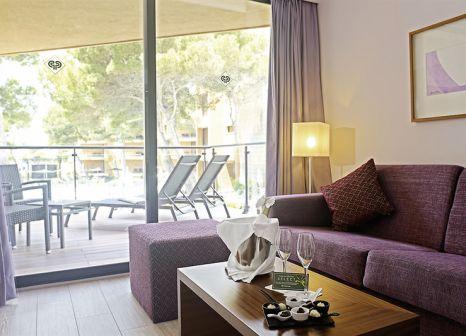 Hotelzimmer mit Volleyball im Protur Turó Pins Hotel