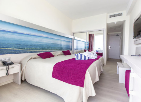 Hotelzimmer mit Yoga im Ferrer Concord Hotel & Spa