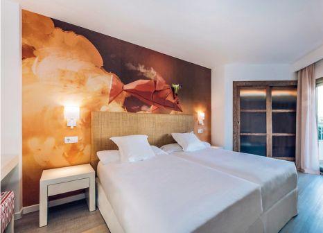 Hotelzimmer mit Volleyball im Iberostar Albufera Park