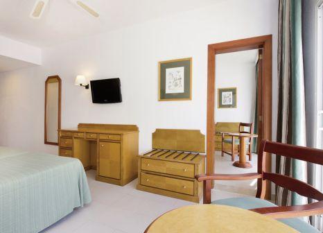 Hotelzimmer mit Volleyball im Hotel Cala Romántica