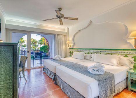 Hotelzimmer mit Volleyball im Playacalida Spa