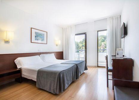 Hotelzimmer mit Tischtennis im Hotel Gran Garbí