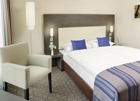 Hotelzimmer mit Casino im InterCityHotel Hamburg Dammtor-Messe