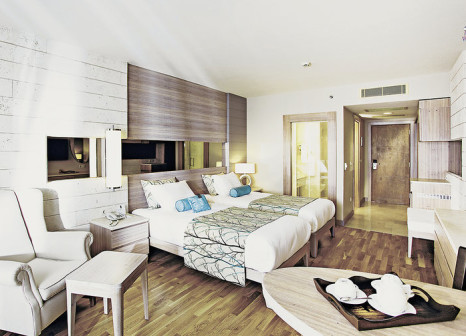 Hotelzimmer mit Volleyball im Melas Resort Hotel