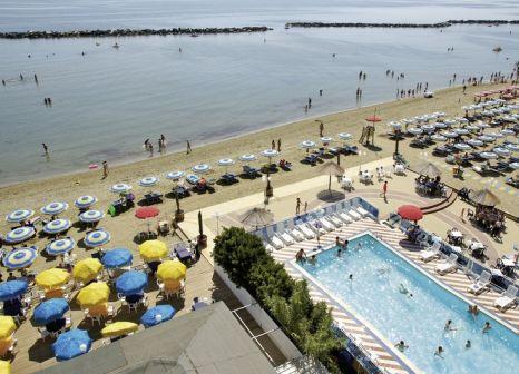 Club Hotel Bikini & Tropicana günstig bei weg.de buchen - Bild von DERTOUR