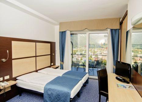 Hotelzimmer mit Pool im Panoramic Hotel Benacus