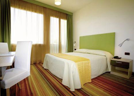 Hotelzimmer im Suisse günstig bei weg.de