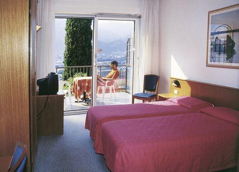 Hotelzimmer mit Tischtennis im Panoramic Hotel Benacus