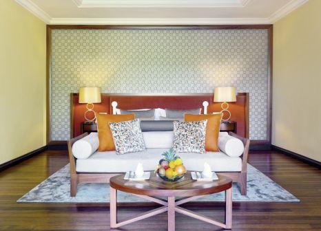 Hotelzimmer mit Volleyball im Maradiva Villas Resort & Spa