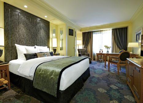 Hotelzimmer mit Hochstuhl im Kämp