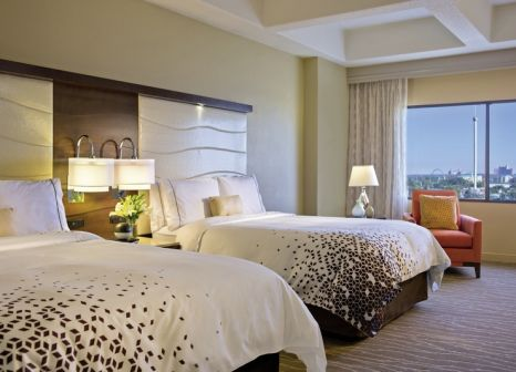 Hotelzimmer mit Golf im Renaissance Orlando Resort at SeaWorld