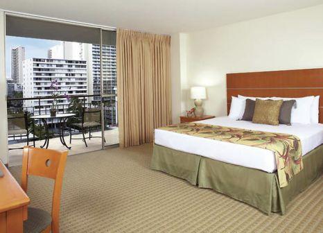 Hotelzimmer mit Restaurant im Pearl Hotel Waikiki