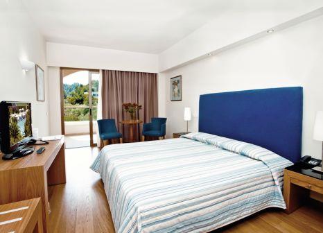 Hotelzimmer mit Yoga im Kassandra Palace Hotel & Spa
