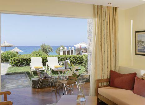Hotelzimmer mit Yoga im Alexander Beach Hotel & Village
