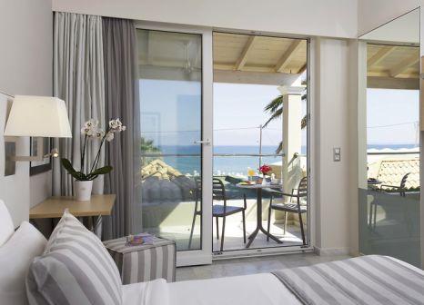 Hotelzimmer mit Tischtennis im Acharavi Beach