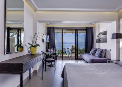Hotelzimmer mit Mountainbike im Aeolos Beach Resort
