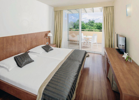 Hotelzimmer mit Yoga im Sol Umag Hotel & Residence