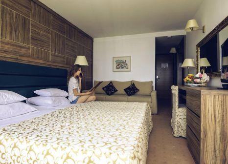 Hotelzimmer mit Tischtennis im Hotel Palas