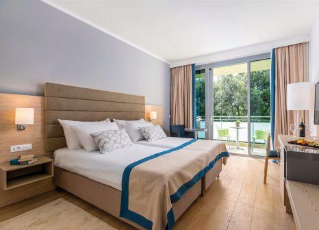 Hotelzimmer mit Mountainbike im Valamar Argosy Hotel